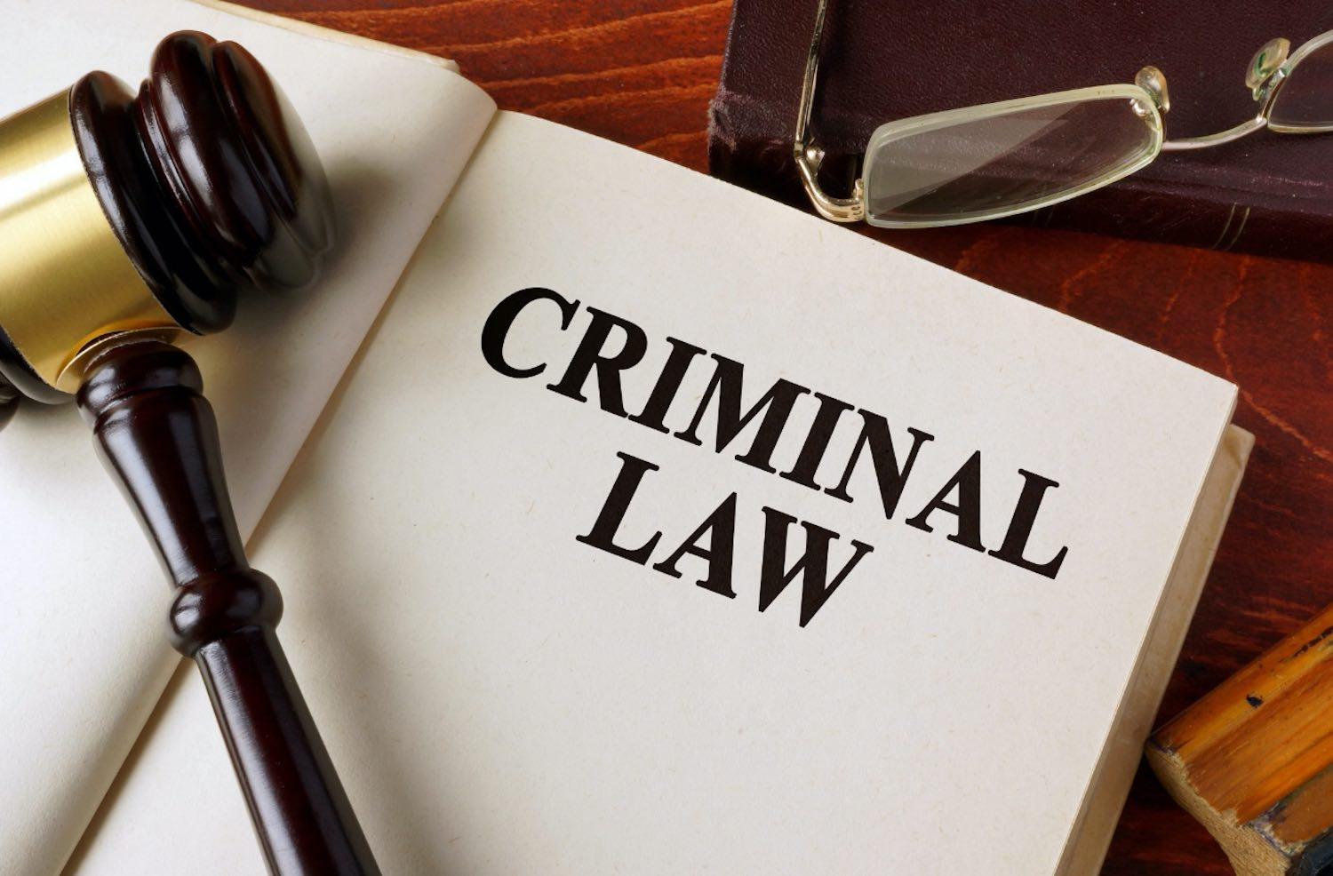 Looking for Criminal Lawyer? Find An Experienced One Right Here!